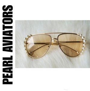 NWOT Fashion Pearl Aviator Sunglasses Unisex